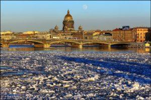 Праздник весны в Санкт-Петербурге